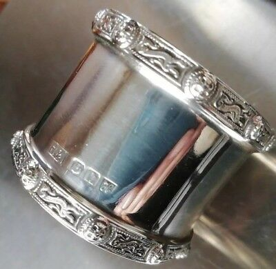 Solid silver vintage SCOTTISH napkin ring 36 grams