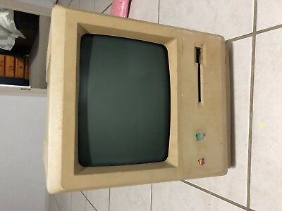 Vintage Apple Macintosh 512k - Non Booting/Not Working - Average Condition