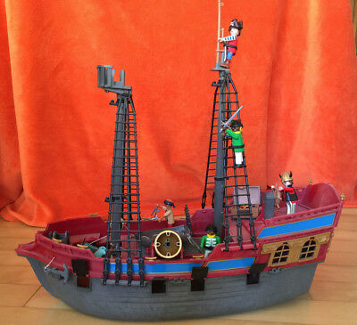 Playmobil Piratenschiff mit Figuren (3940)
