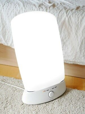 Philips HF3319/01 Energy Light Tageslichtlampe (10.000 Lux)
