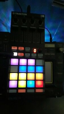 Traktor F1 superb condition with lead and box