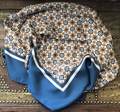 Gorgeous Vintage MASSIMO DUTTI Large Silk ScarfShawl 43x43 Ins Excellent