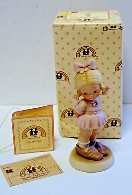 MEMORIES OF YESTERDAY PORCELAIN FIGURINE Daddy, I Can Never.... 1988 ENESCO NEW
