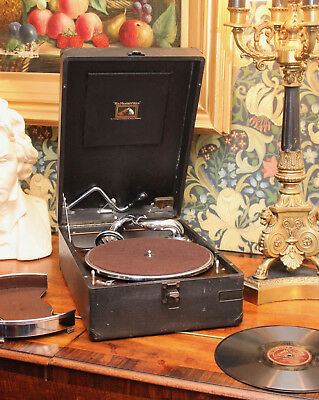 A Good Antique 1930s HMV 102 Gramophone, & No 16 Soundbox & Needle Tin