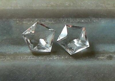 PAAR 5-Point-Star Bergkristall 5,4 mm (0,45/0,44 ct)