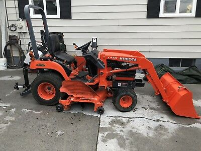 "kubota BX1830 tractor with Loader And 72"" mower."