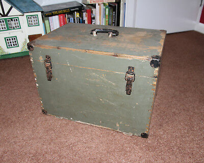 Trunk Chest Wooden Antique Vintage Coffee Table Quirky Storage