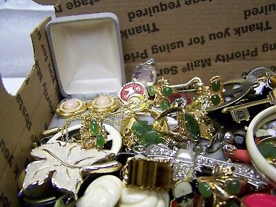 Vintage - Now Jewelry Lot Estate Junk Drawer Brooches, Rings Necklaces, More #17