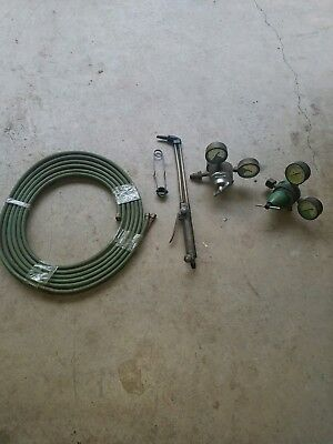 Vintage Cutting Purox linde torch and linde union carbide regulators, 25ft hose