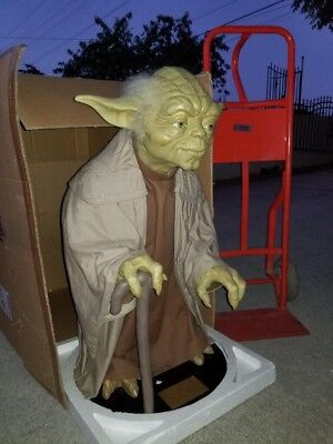 Lifesize Yoda Blockbuster