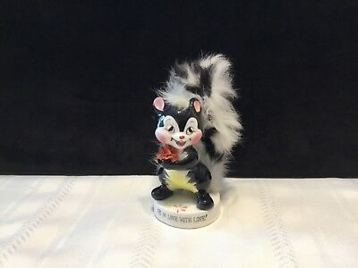 """Vintage Porcelain Skunk Figurine with Fur Tail """"I'm in love with love""""  (K73)"""