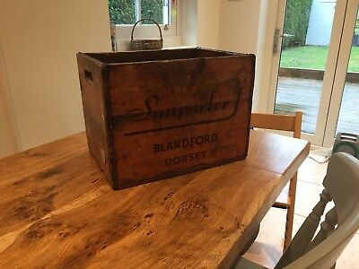 ANTIQUE Vintage wooden sunparlor, Blandford, Dorset bottle crate