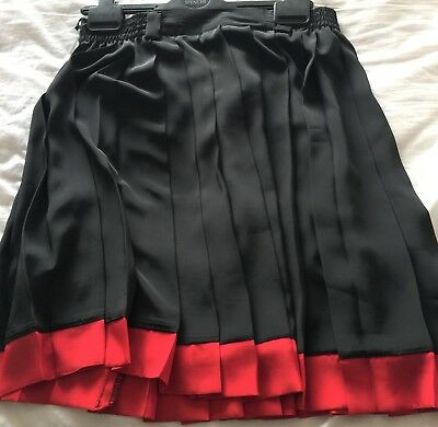 Ladies Skirt Pleated Size 12 Betty Barclay