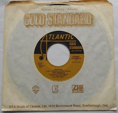 THE (YOUNG) RASCALS Groovin' / A girl like you Ex to NM- CANADA GOLD STANDARD 45