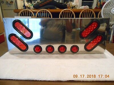 "SS Rear Center Panel with Oval/2"" Lights"