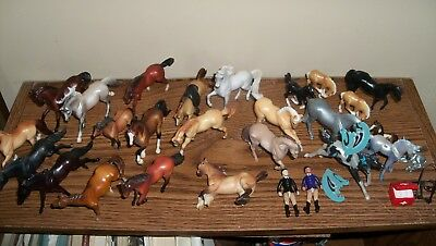 Breyer stablemate lot-over 20 various stablemates G1 G2 G3 horse