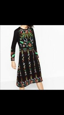 096bc375 Zara Limited Edition Floral Embroidered Knit Midi Dress, BNWT, size small