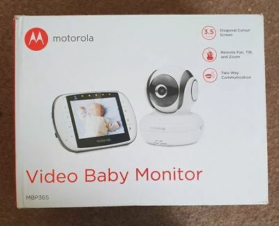 Complete Motorola MBP36S Digital moving baby monitor / Camera, used a few times
