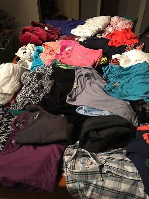 Juniors/Womens Size Small Mixed Clothing Lot Of 44 Items