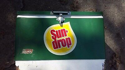 Vintage Coleman SUNDROP Soda Chest  Ice Cooler Green Coke Product Rare