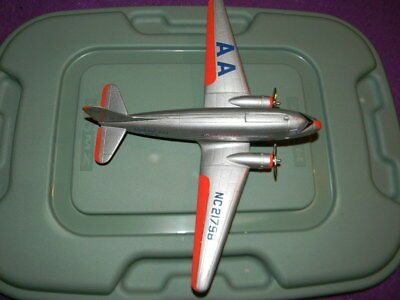 Vintage Liberty Classics Limited Edition American Airlines Metal Plane DC-3