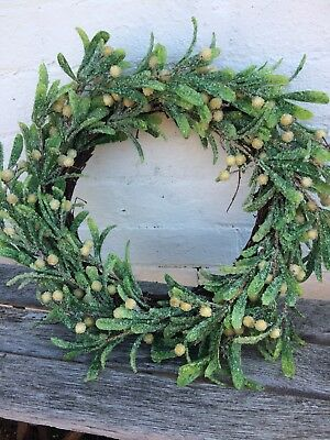 Artificial Mistletoe Christmas Wreath Natural Frame with Frosted Berries
