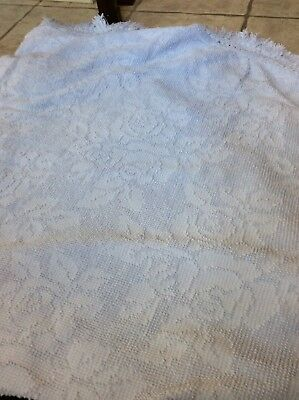 """Vtg Pale Blu Hobnail Chenille Imperial ROSE 70"""" Round Tablecloth Bedspread Style"""