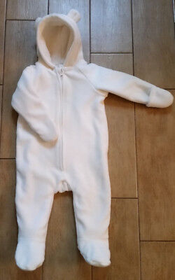 Old Navy Warm Padded Fleece Winter 6 -12 Months Onepiece White Suit