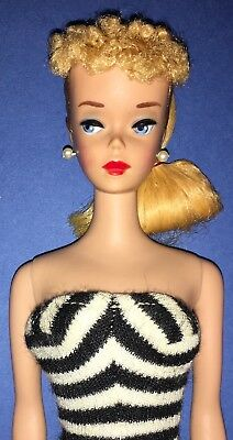 "Vintage Barbie ""PONYTAIL No. 4 - blond"", #850, 1960 - mit original Badeanzug"