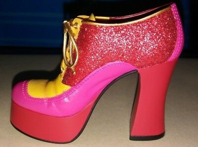 Disco Diva Shoe Figurine, Stepping Out, Just The Right Shoe