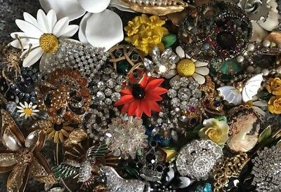 HUGE Lot of Brooches/Pins - 28 lbs - Estate Fresh Unsearched Vtg/Mod