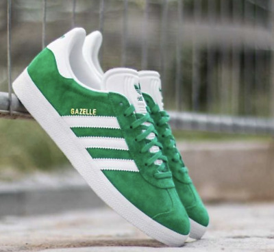 new style a4844 0bad7 Adidas Originals Gazelle BB5477 Mens GreenWhite-Gold