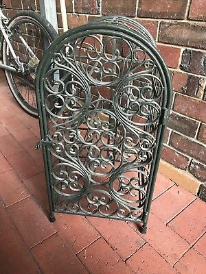 wine rack metal - good condition