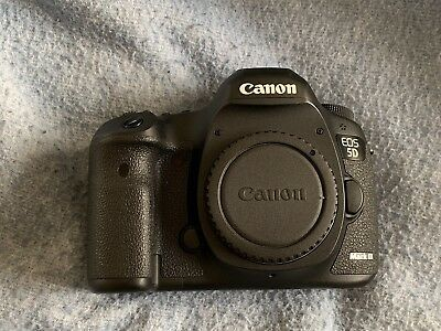 Canon EOS 5D Mark III DSLR Camera (Body + Accessories)