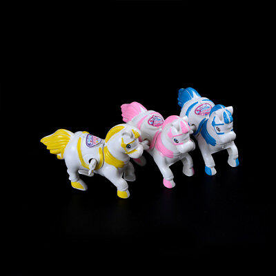 Toy Chain on the Horse Vaulting Horse Wind Up Horse Toys Jumping Horse JF
