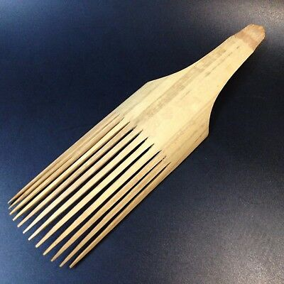 Authentic PNG New Guinea - Carved Bamboo Hair Comb