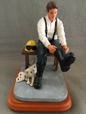 "Red Hats Of Courage Firefighter ""Answering The Call"" Vanmark Figurine 1st Edit."