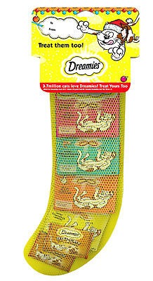 Dreamies Cat Christmas Stocking (Tasty Cheese, Chicken, Salmon & Beef Treats)