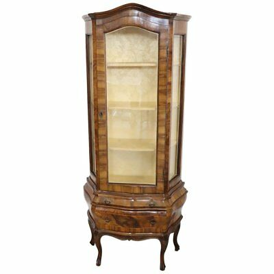 20th Century Venetian Italian Louis XV Style Vitrine in Carved and Burl Walnut