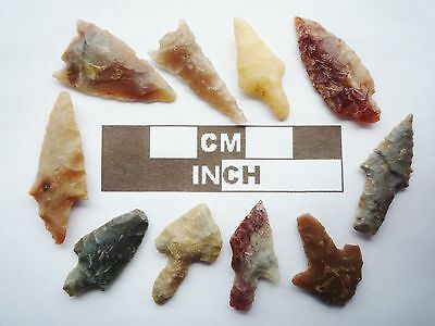 Neolithic Arrowheads, 10 x Barbed and Tanged Artifacts - 4000BC - (R011)
