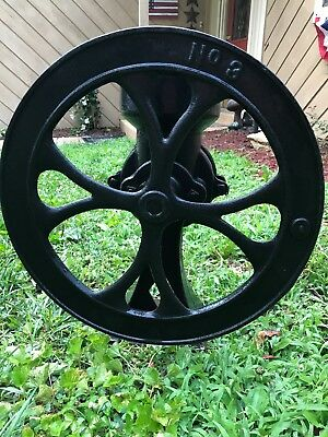 Antique Vintage No. 3 Cast Iron Hand Crank Corn Coffee Grain Grist Mill Grinder