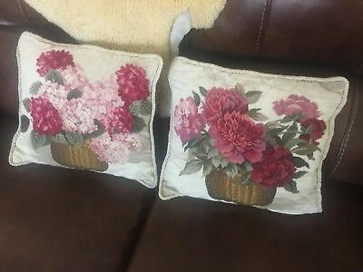 """Vintage """"Loie"""" Hand Embroidered Pillowcase W/rope Edging And Velvet Backs"""