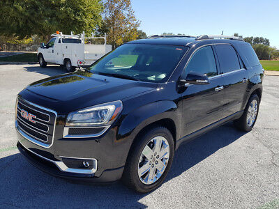 2017 GMC Acadia Limited Sport Utility 4-Door 2017 GMC ACADIA LIMITED, ONLY 18K MI, LEATHER, NAVIGATION, THIRD ROW SEAT!