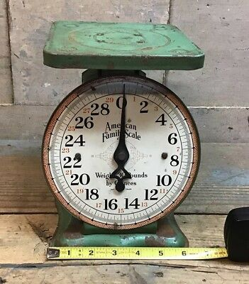Vintage 30 lb American Family Kitchen Scale, Original Green Paint.