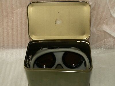 VIntage WW-II US Army Air Force Gunners Goggles Variable Density POLAROID