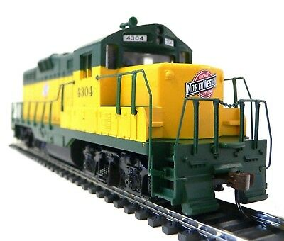 HO Scale Model Railroad Trains Layout Engine Chicago Northwestern GP-9 Walthers