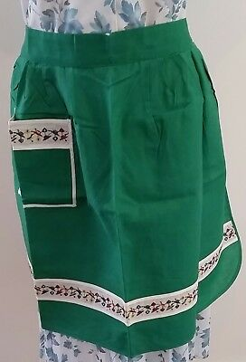 Vintage 60s ST MICHAEL British Made FLORAL Embroidered GREEN Pinny APRON