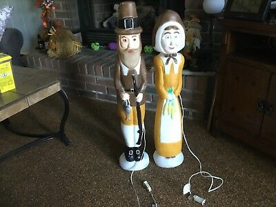 Vintage DON FEATHERSTONE Blow Mold  Thanksgiving Pilgrims Man And Woman