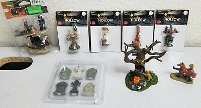 Lemax Spooky Town Lot Trick or Treat Eating Tree Scarecrow Graveyard Shift RARE