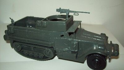 Classic Toy Soldiers plastic WW2 US Army Halftrack, Europeon theater
